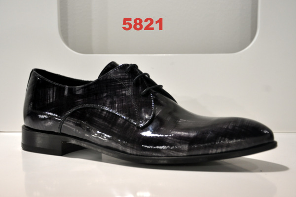 Shoes art. 5821