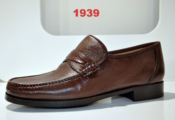 Shoes art.1939
