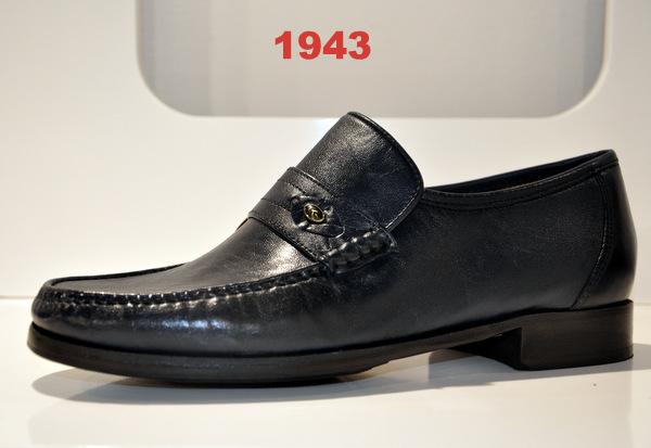 Shoes art.1943