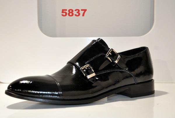 Shoes art. 5837
