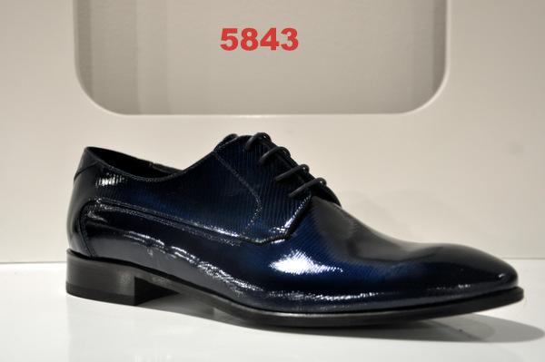 Shoes art. 5843
